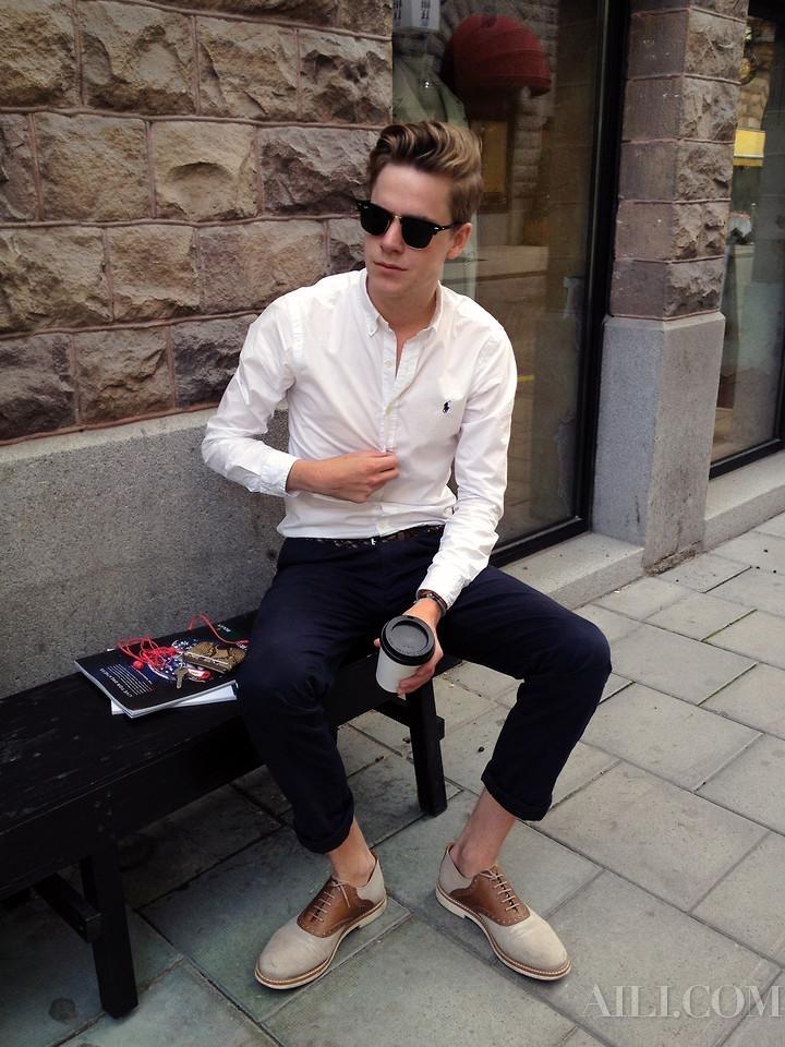 5 Outfit per un colloquio di lavoro (per lui e per lei) a0bad333e5b