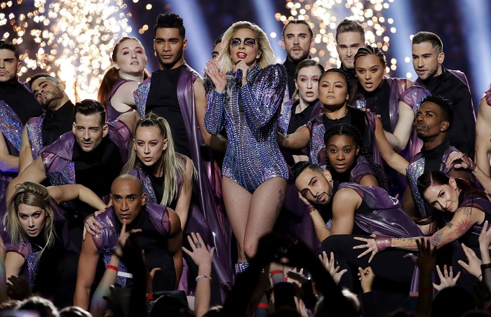 lady gaga halftime with crew
