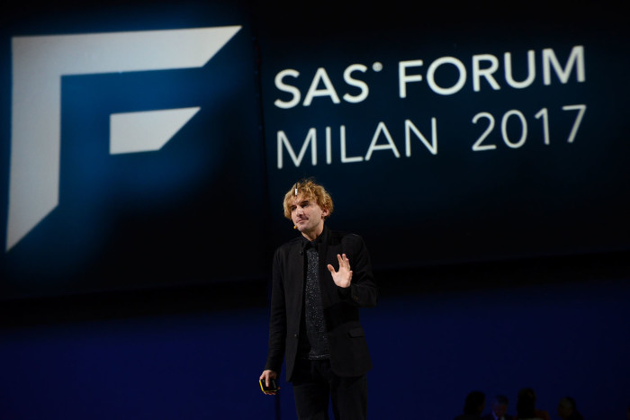 sas-forum-milan-17-neil-harbisson