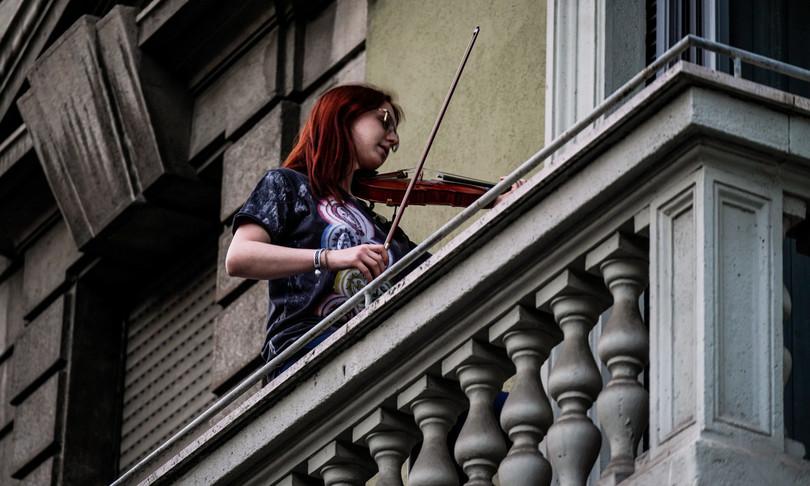Cantare dai balconi - COVID 19
