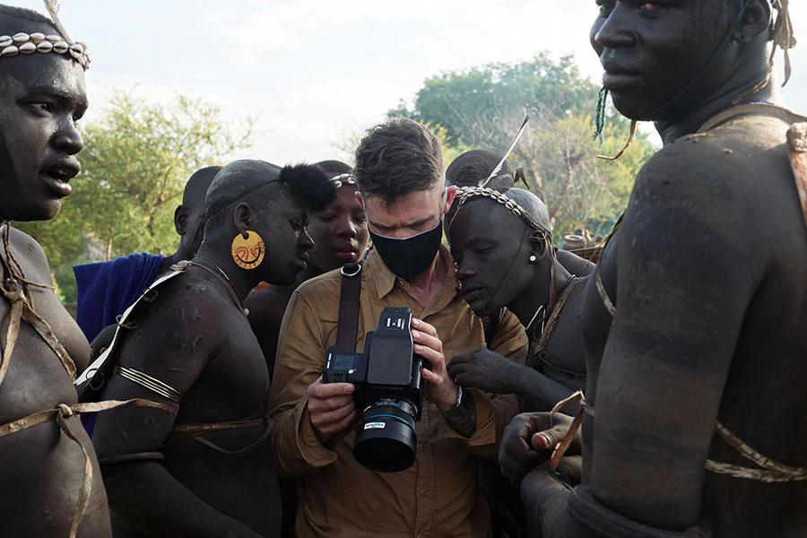 Tribù Bodi Me'en in Etiopia con il fotografo Joey
