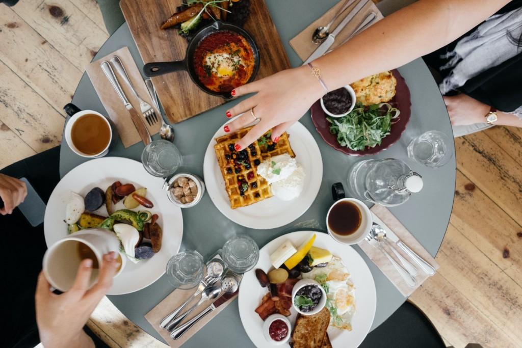 bisogni fisiologici mangiare